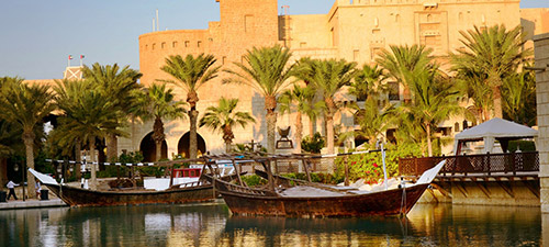 'Seaview Hotel Dubai' from the web at 'http://www.dubai.com/media/img/dubai/main_page/front_activity7.jpg'