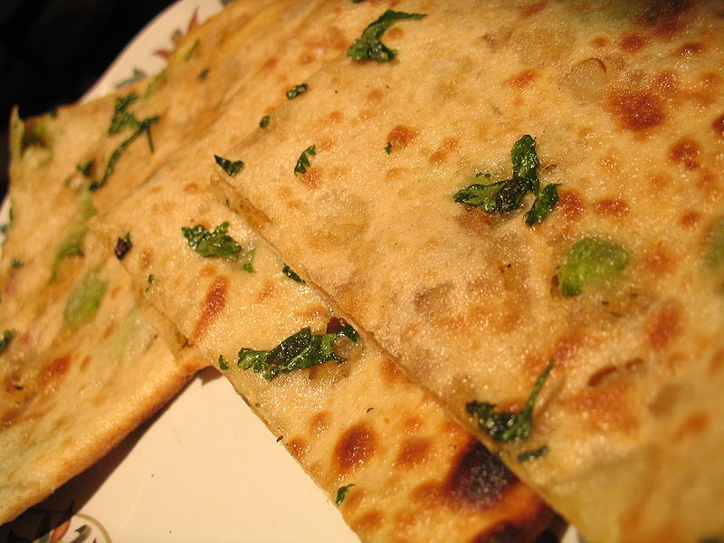 800px-Aloo_paratha creative commons