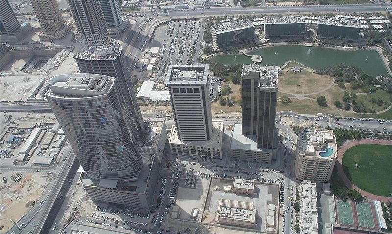 800px-Dubai_Media_City_on_1_May_2007 GFDL