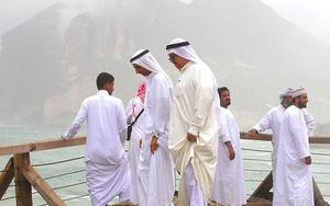 Thumbnail for Traditional Clothing in UAE
