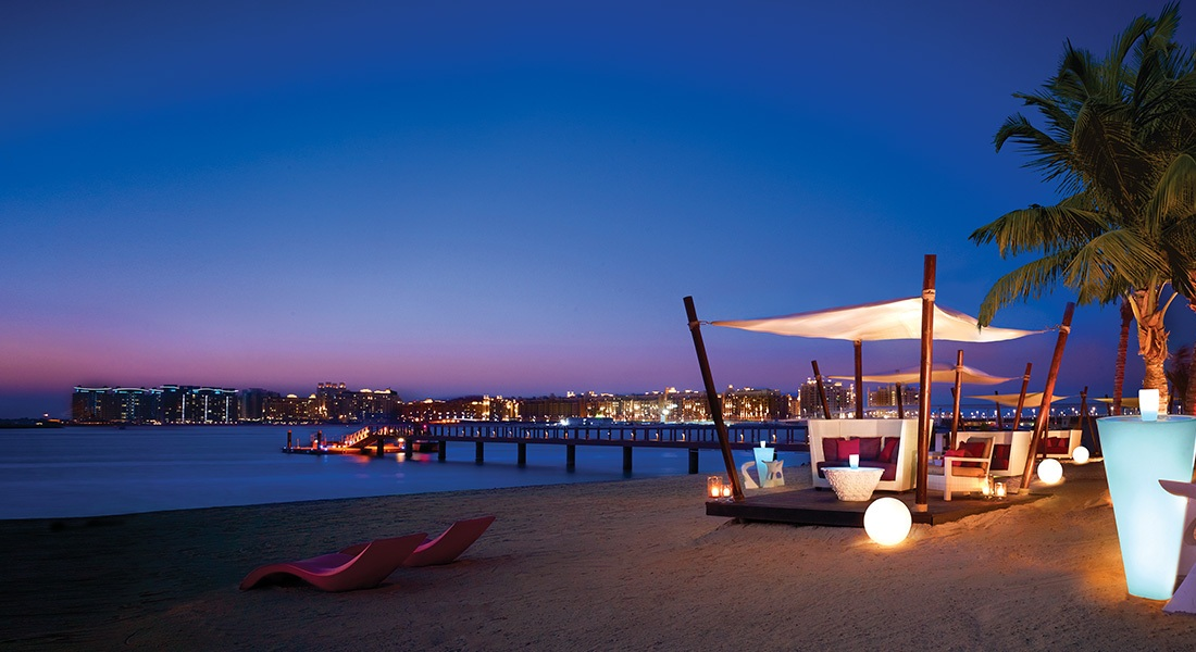Lounging at the beach the best beach hotels in dubai for Top hotels in dubai 2016