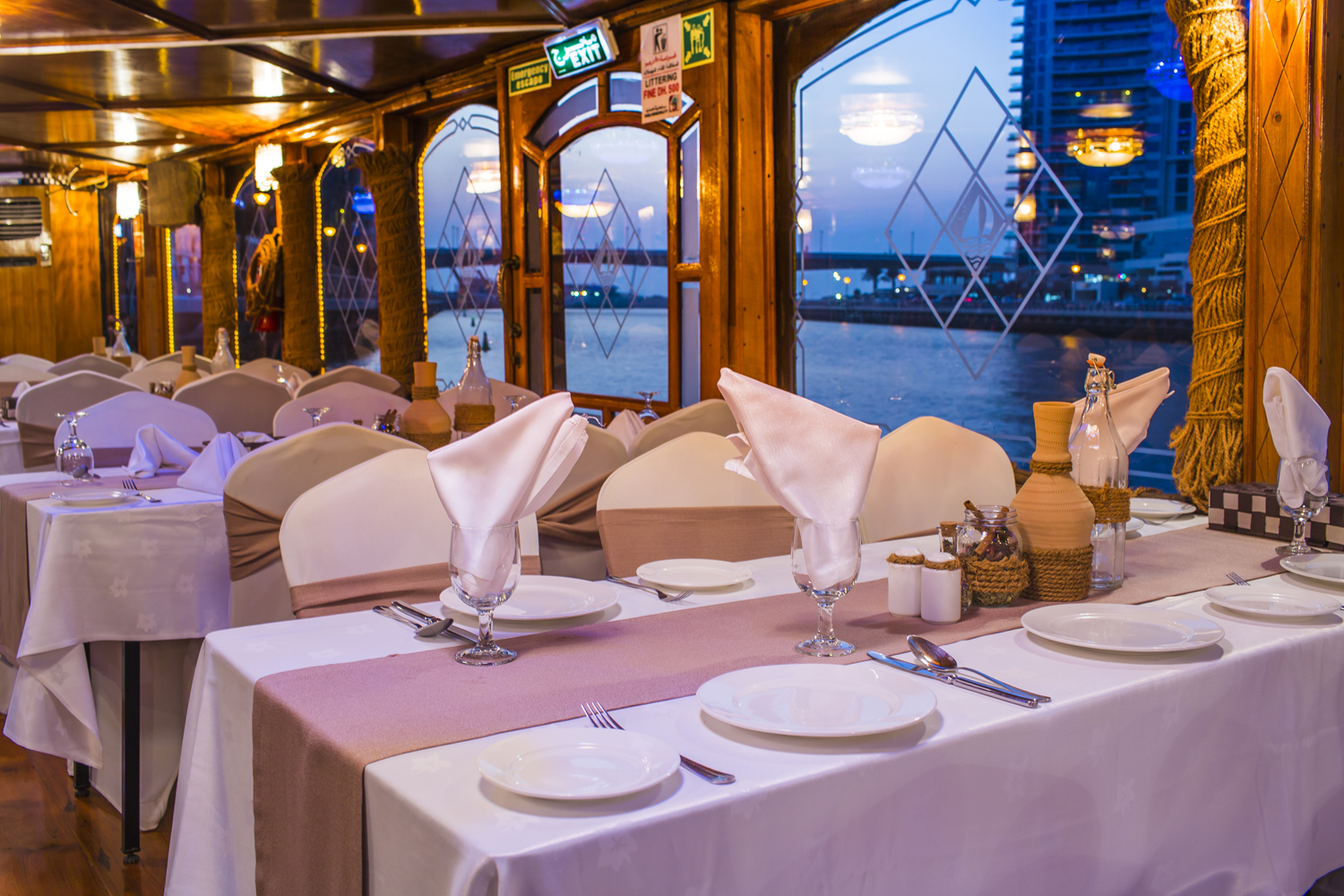 Table-Setup-on-Alexandra-Dhow-Cruise-Dubai-Marina