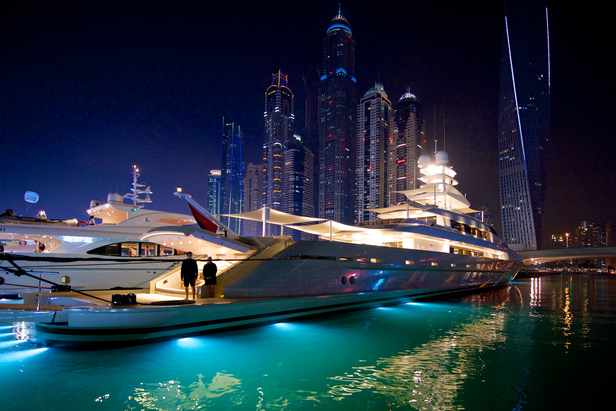 Why your dubai trip is incomplete without luxurious for Luxury places in dubai